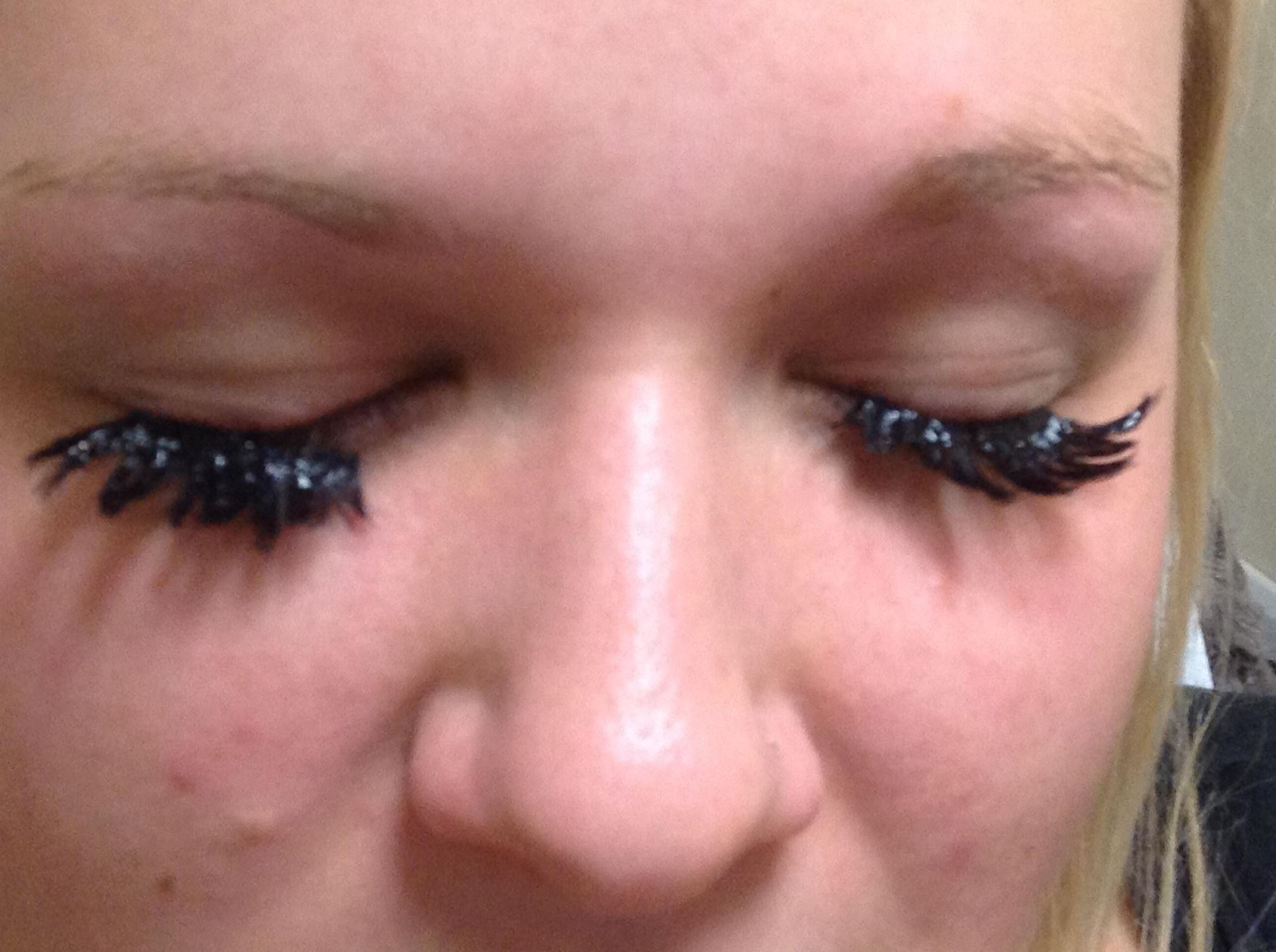 Diy eyelash extensions diydrywalls images of how to apply eyelash extensions yourself brida solutioingenieria Images